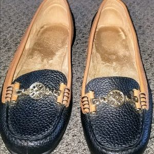 Women's Loafers. Move with Comfort!